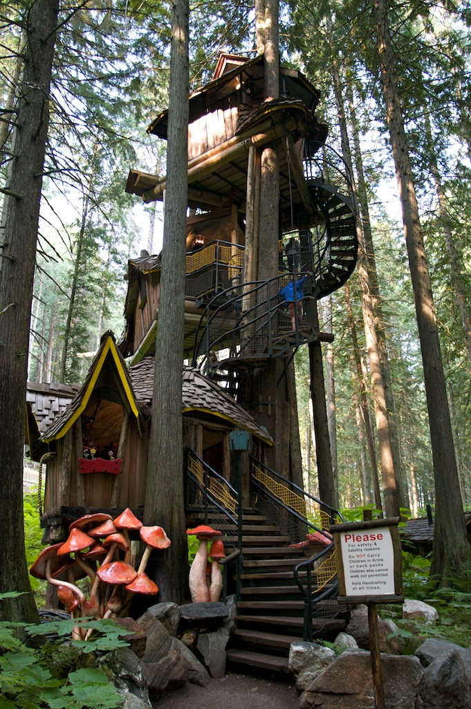 The Most Outrageous Treehouses That Actually Exist