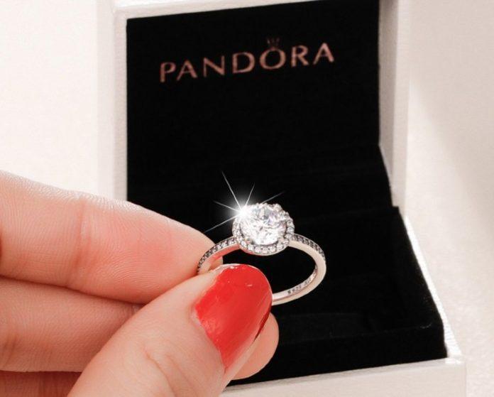 Pandora Will Scrap Mined Diamonds